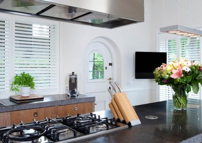 kitchen with knives